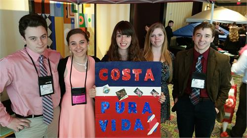 Menifee County Y-Club Attends the Annual KUNA Conference